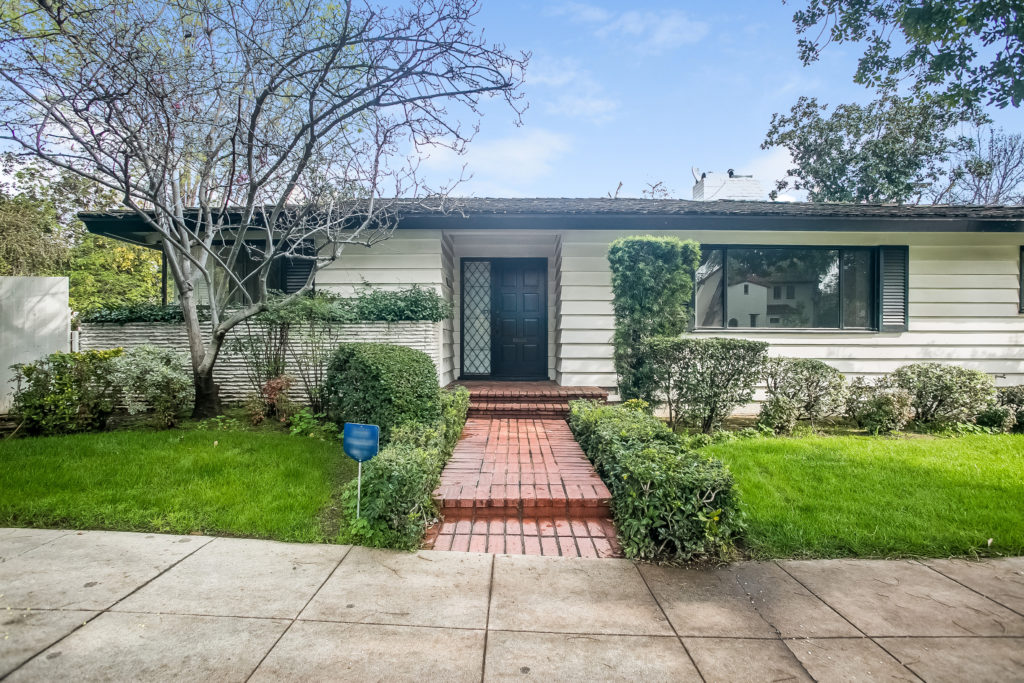 New Listing!  570 San Marino Ave. San Marino CA Listed at $1,718,000