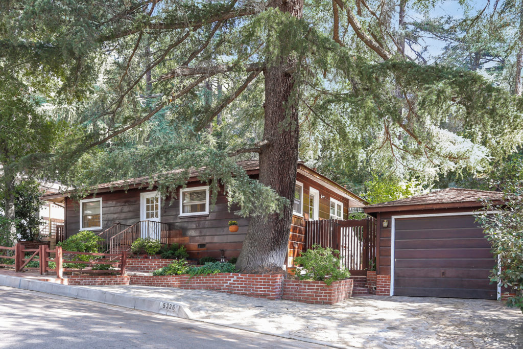 Just Listed! Unique Custom Built 2 bedroom 2 bathroom home in La Canada Flintridge
