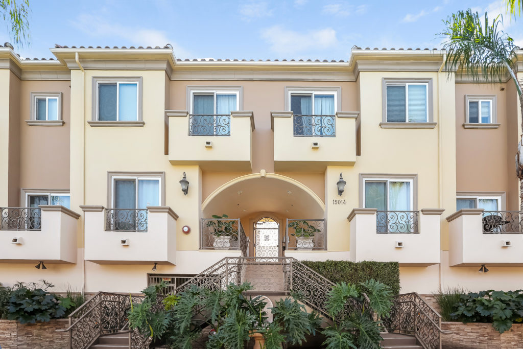 Just Sold Over Asking Price! 15014 Magnolia Blvd. Unit 11 Sherman Oaks